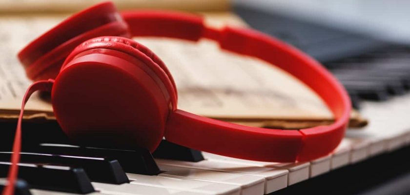 Best Headphones for Classical Music - headphonage.com